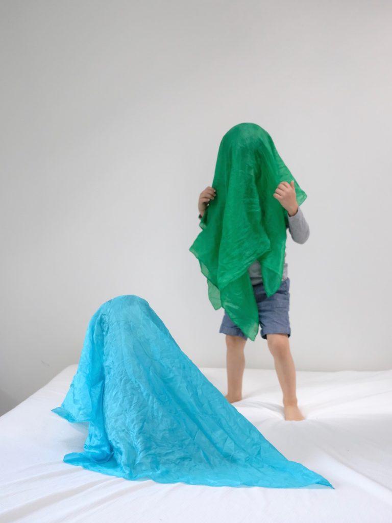 how to use play silks