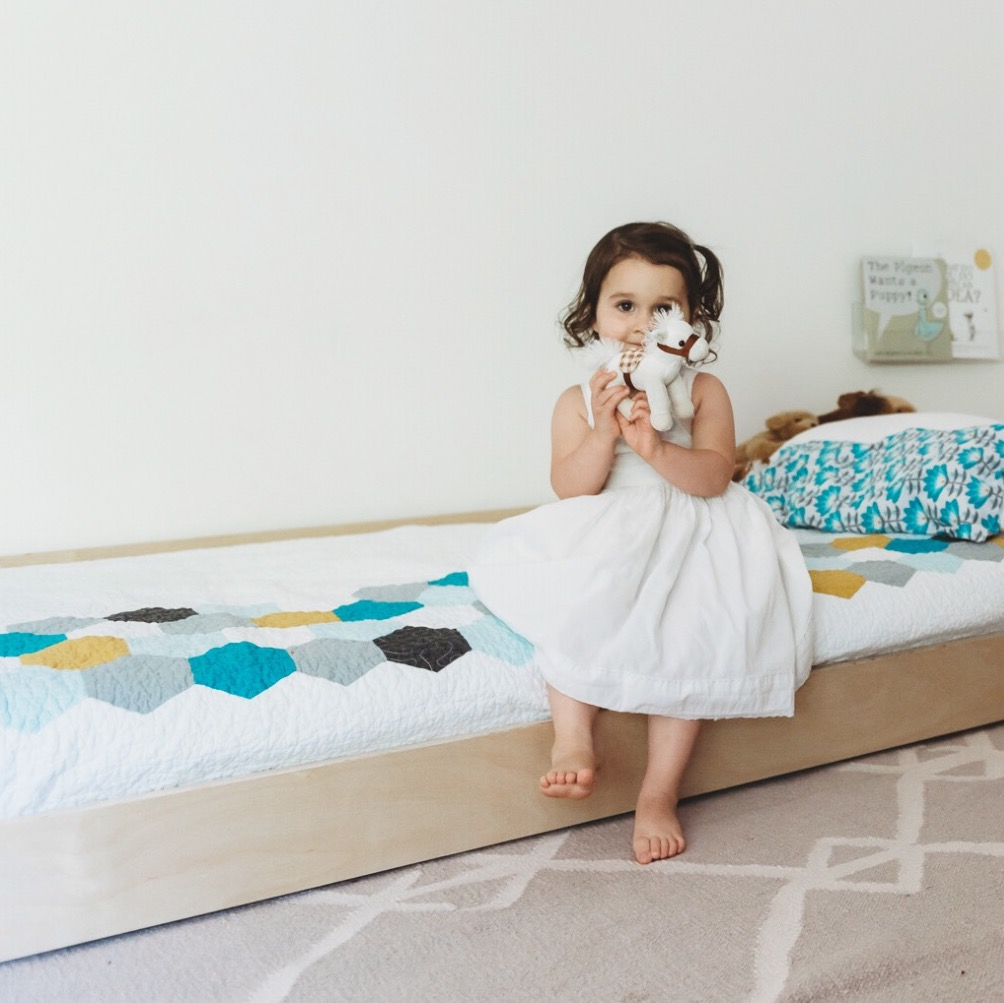 how to transition from a crib to a bed