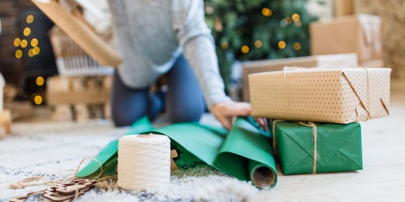 11 Clutter-Free Gifts for YOUR Holiday Wish List